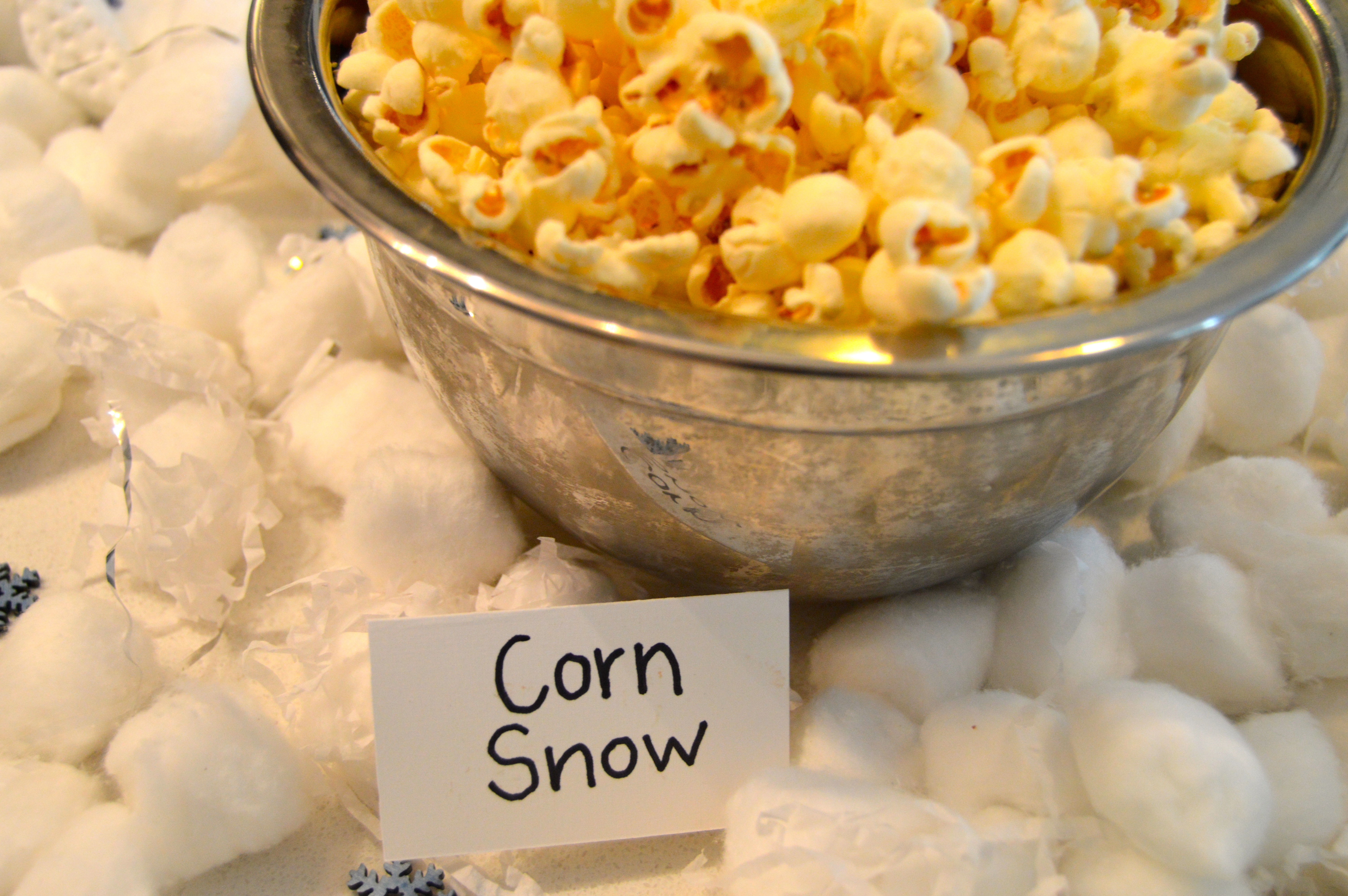 Ski themed party food: Corn Snow (white cheddar popcorn)