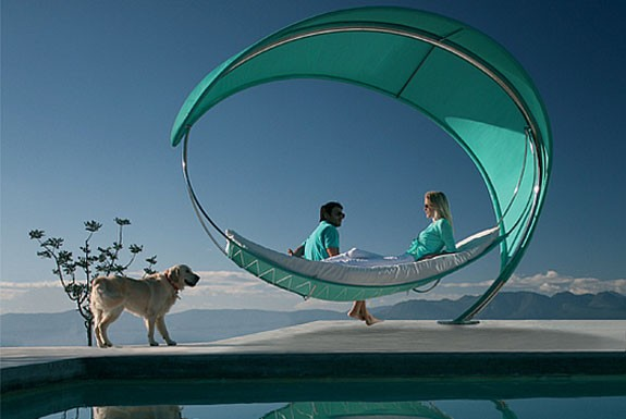 wave hammock 20 coolest hammocks ever   the diy lighthouse  rh   thediylighthouse
