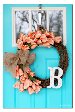 DIY Burlap & Coral Tulip Wreath