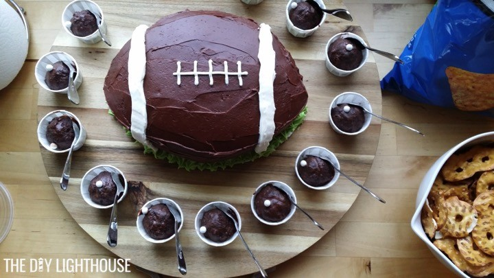 football-cake-super-bowl-party-food-idea