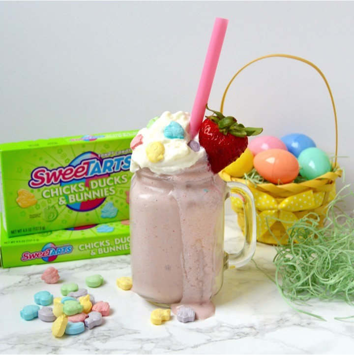 SweeTARTS ice cream milkshake | Easy Easter dinner menu for the family. Fresh, springtime dinner with vegetable lasagna main course, strawberry spinach salad, rolls, + milkshake dessert.