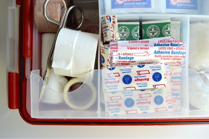 A list of things to leave the babysitter if they're watching a toddler. Babysitter essentials include: a first aid kit.