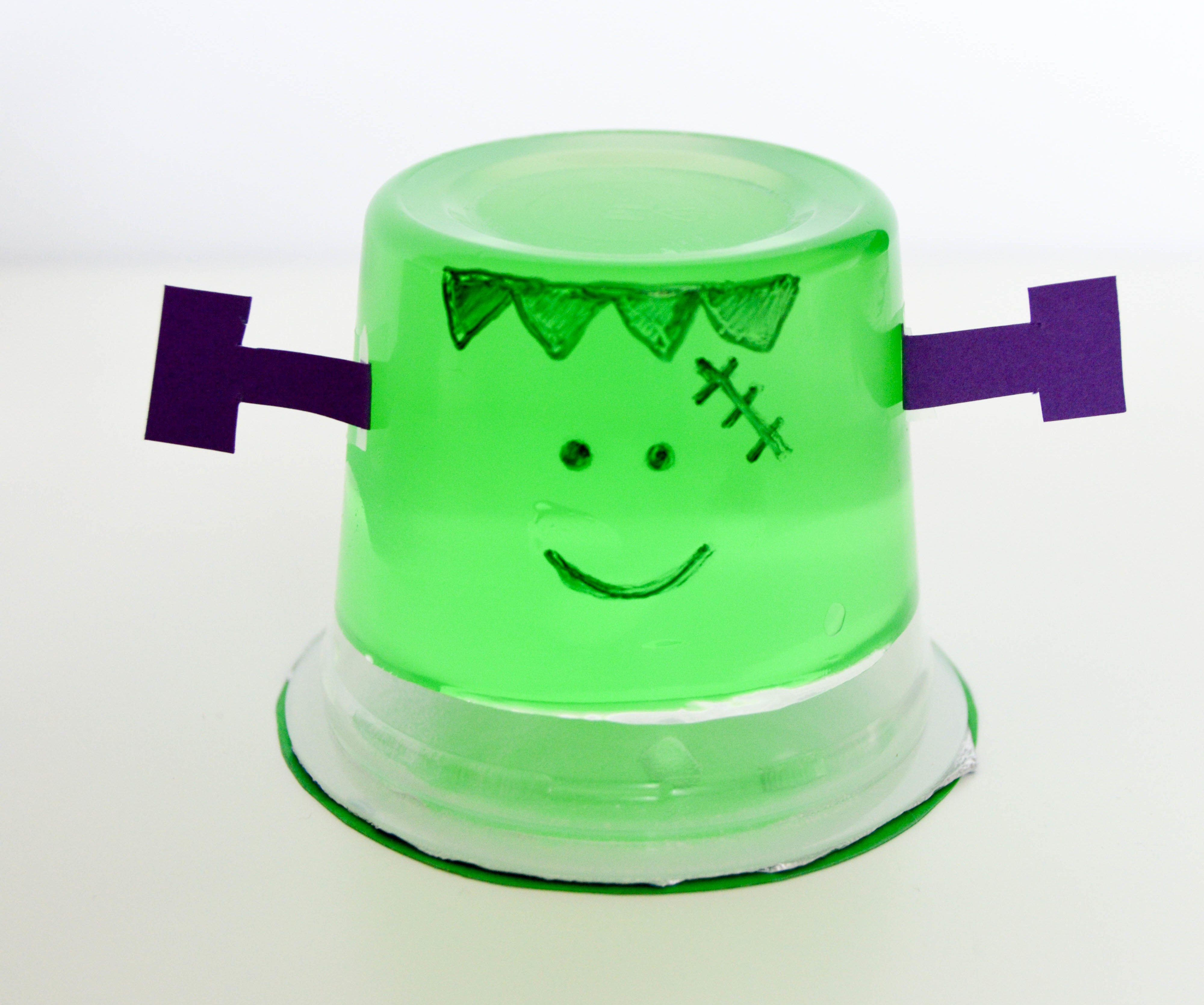 Halloween Pudding Cups & Jello Cups | Cute and easy Frankenstein green jello cup
