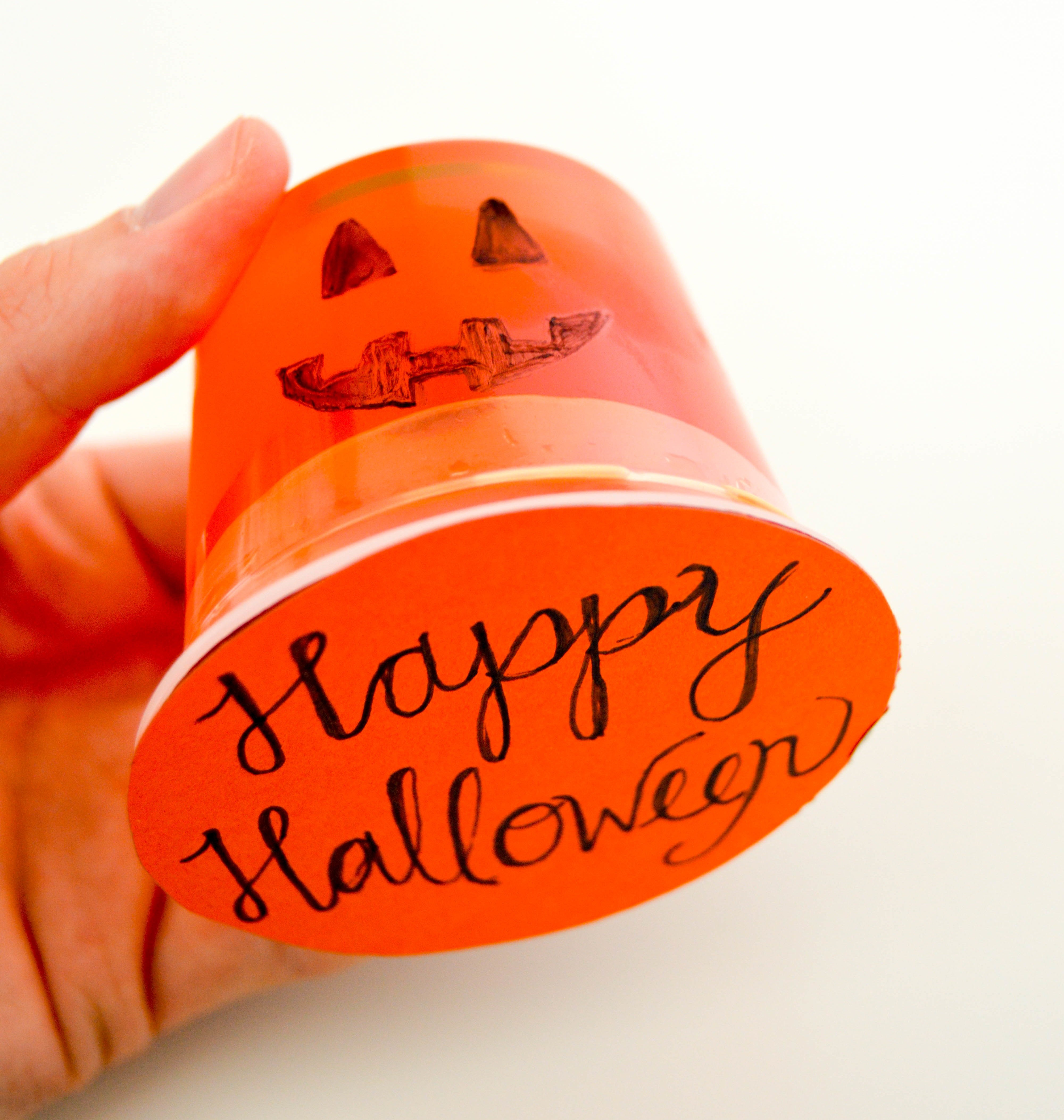 Halloween Pudding Cups & Jello Cups | Pumpkin Happy Halloween! orange jell-o cup