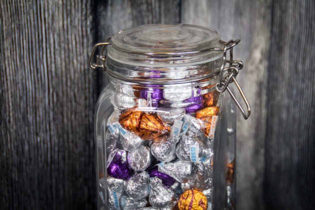 Halloween Candy Table & Party Ideas