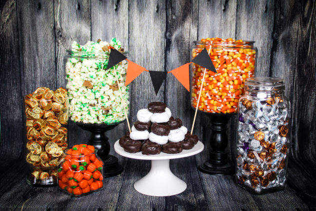Outstanding Halloween Candy Table Party Ideas The Diy Lighthouse Home Interior And Landscaping Mentranervesignezvosmurscom