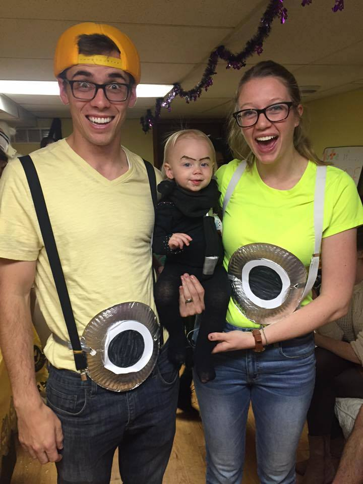 Halloween Costumes For 4 Friends.Easy Family Group Halloween Costume Ideas The Diy Lighthouse
